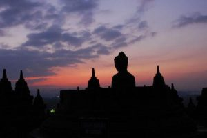 Borobudur sunrise Tour 300x200 Borobudur Sunrise Tour From Yogyakarta