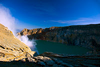 ijen trip The Trip to Ijen Crater   Enjoy amazing Blue Fire from Singapore part 1