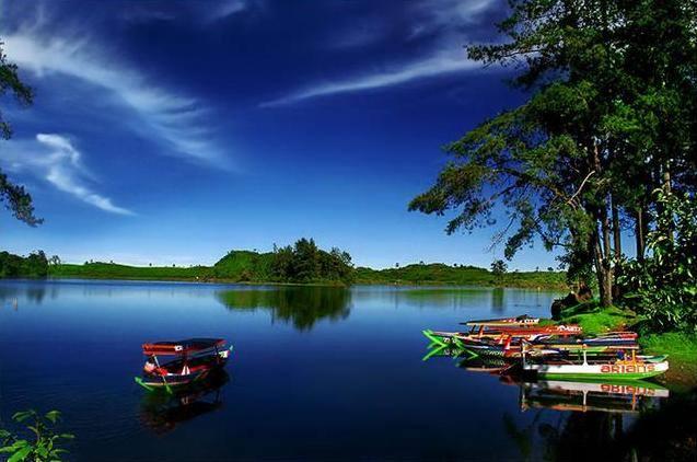 Situpatenggang lake