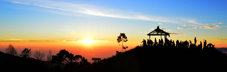 Golden Sunrise in Sikunir Dieng Plateau