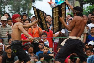 Sasak Tribe attraction 300x203 Explore Lombok – Land Tour all over Lombok 3D2N