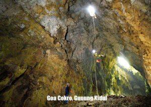 Goa Cokro Gunung Kidul 300x213 Cokro Cave   Gunung Kidul