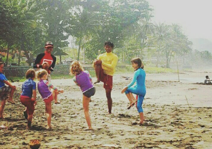 Kids surf lesson in Canggu Batu Bolong