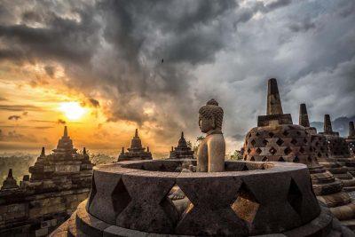 Borobudur sunrise tour Magelang
