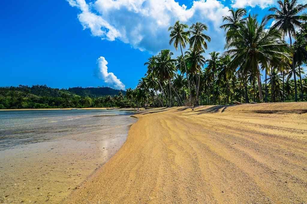 Pemandangan asri di Kepulauan Mandeh