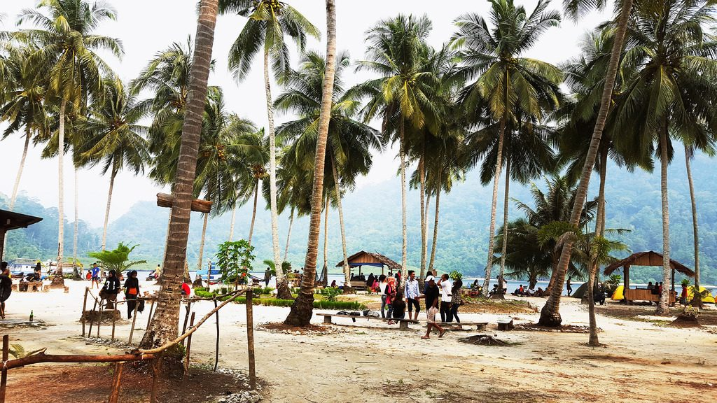 Suasana pulau Pasumpahan