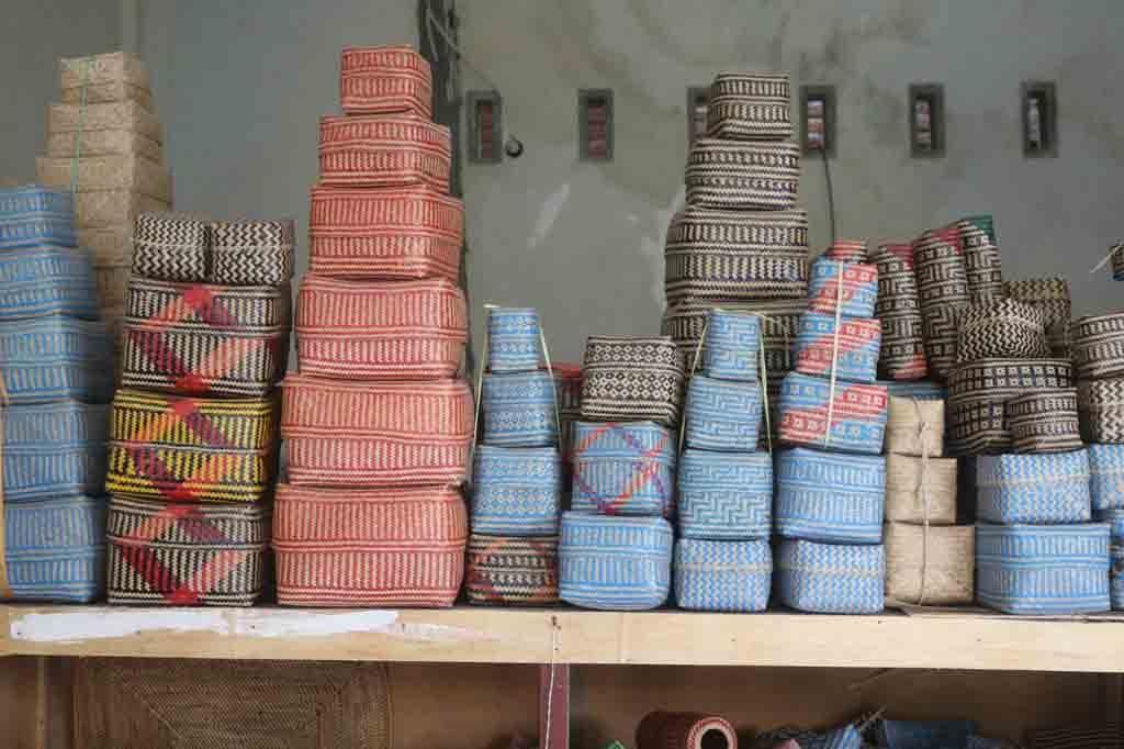 Hasil kerajinan bambu dan rotan di desa Loyok - Lombok
