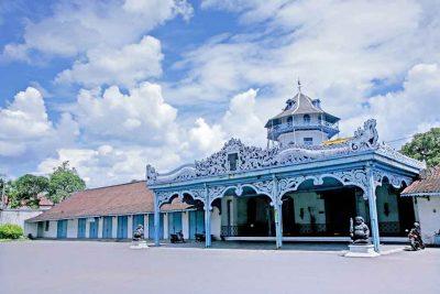 Surakarta Hadiningrat palace 400x267 Welcome