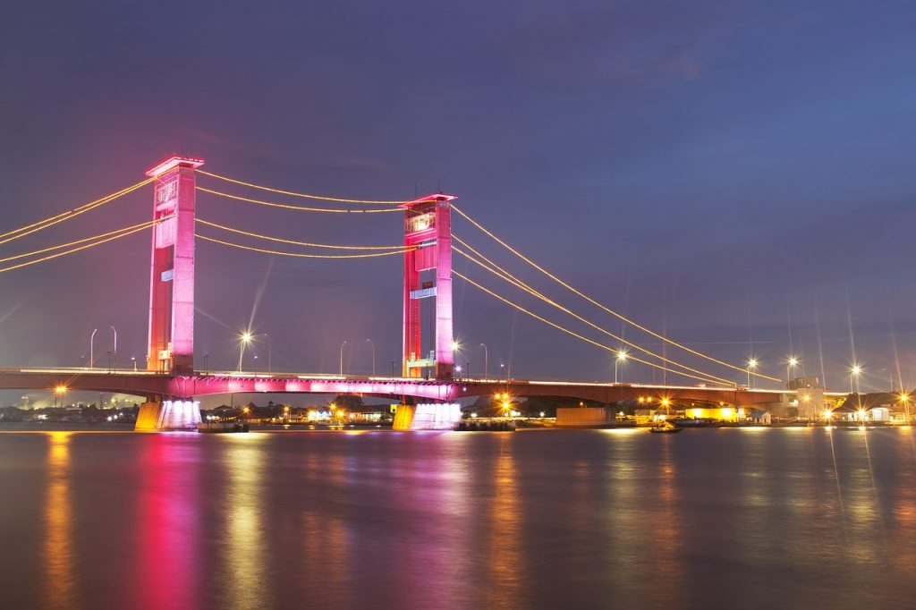 bridge 507256 1280 1024x682 Dutch Colonial Palembang SightSeeing (Palembang City Tour)